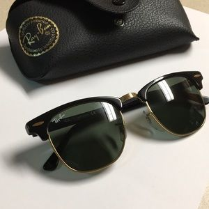 Ray-Ban Clubmaster WO365 Black with Gold details